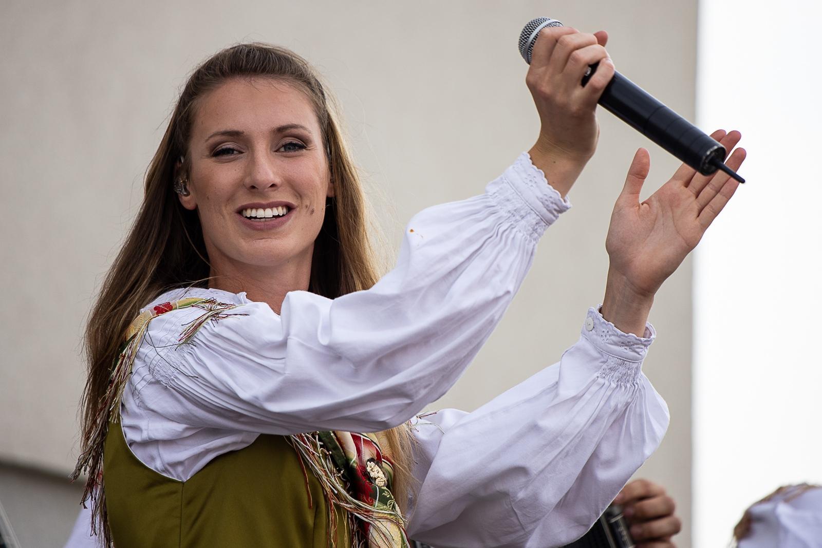 Sašo Avsenik band performed at the opening of the wine fountain